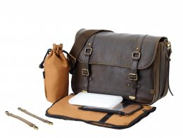 OiOi LeaTher Messenger Bag, Chocolate, most useful designer nappy bag